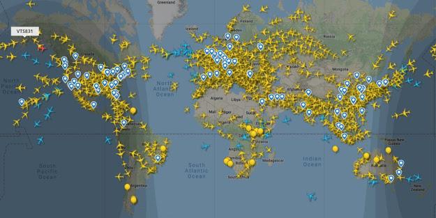 ejemplo de mapa de vuelos diarios mundo