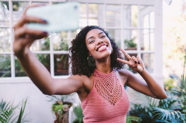 How To Be An Influencer (i)