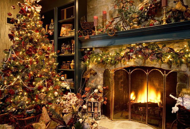 Decorate Your Home with Elegant Christmas Decorations
