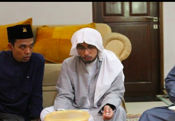 Ustadz Maheer Jadi Tersangka, Munarman Sebut UU ITE jadi UU Politik