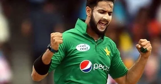 Photo of Emad Wasim is a better all-rounder than Pandya, Brad Hogg