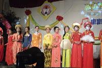 Nữ sinh áo dài truyền thống Việt Nam