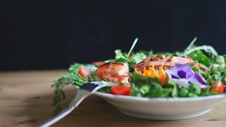 أكثر 10 أطعمة صحية للقلب