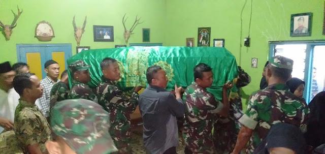 Danramil Wonosari Ikut Berbelasungkawa kepada keluarga anggotanya