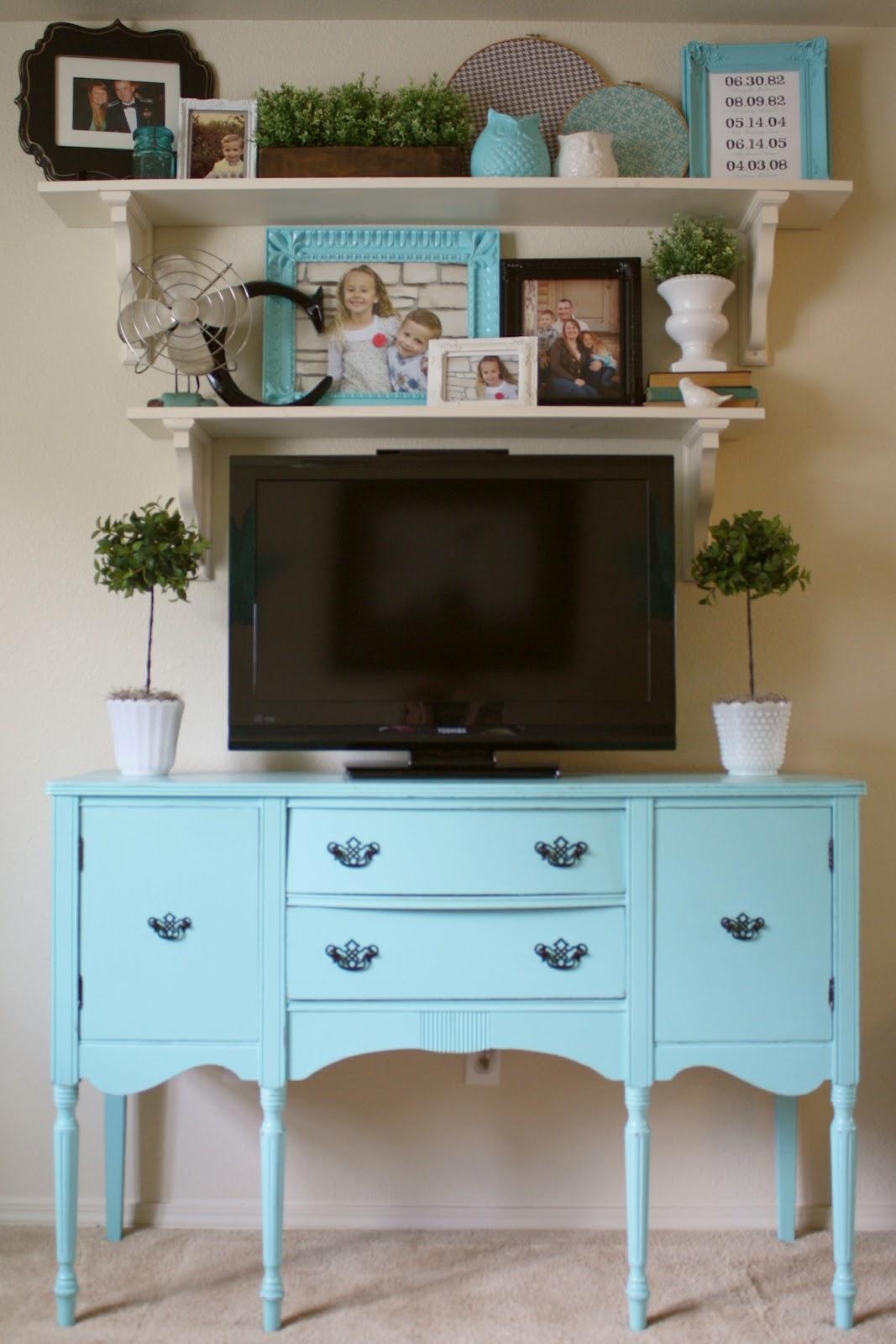 Living Room Makeover: Living Room Makeover {Open Shelving}