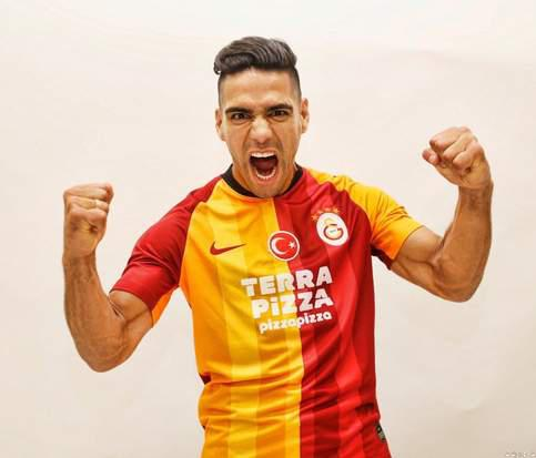 Galatasaray Sign Radamel Falcao