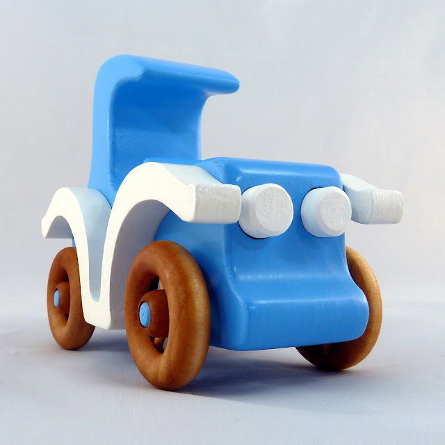 20141213-165701 Handmade Wooden Toy Car Bad Bob's Custom Motors Coupe Blue & White 653434064