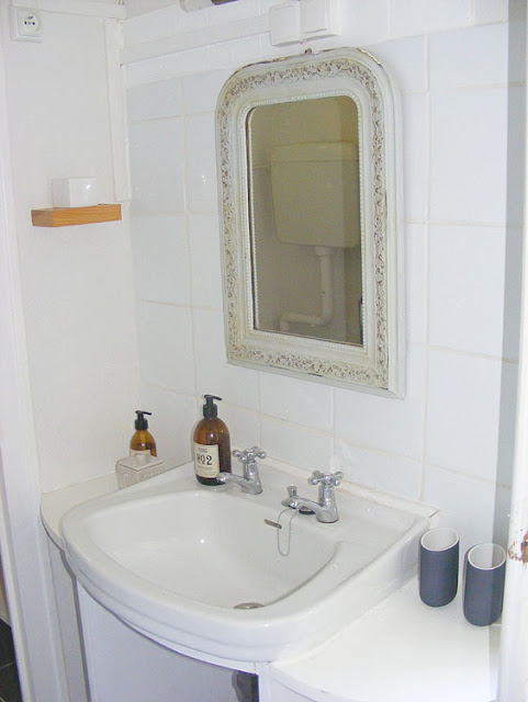 Holiday cottage bathroom. Charente-Maritime. France. Photo by Loire Valley Time Travel.