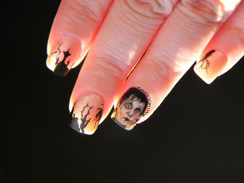 Día 23: Manicura Eduardo Manostijeras / Edward Scissorhands nail art ...