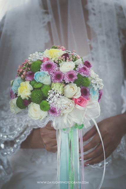 foto bunga (hand bouquet) yang dibawa pengantin perempuan di jogja