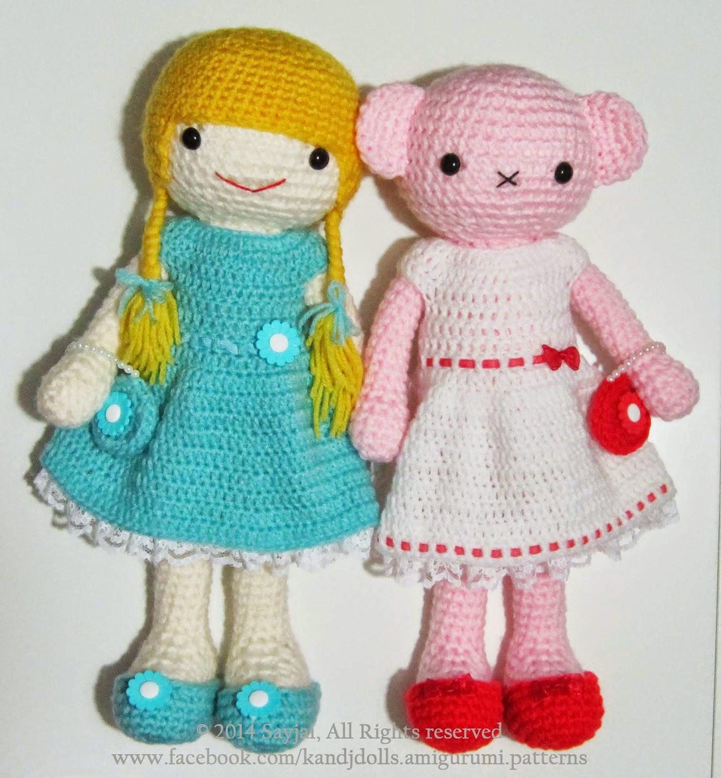 Emily, the Dress up Doll | Knitted dolls, Dress up dolls, Crochet doll  pattern | 1600x1482
