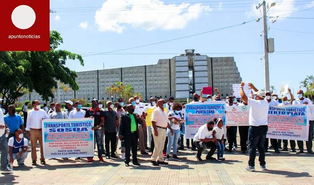 Transportistas reclaman ayuda del Gobierno