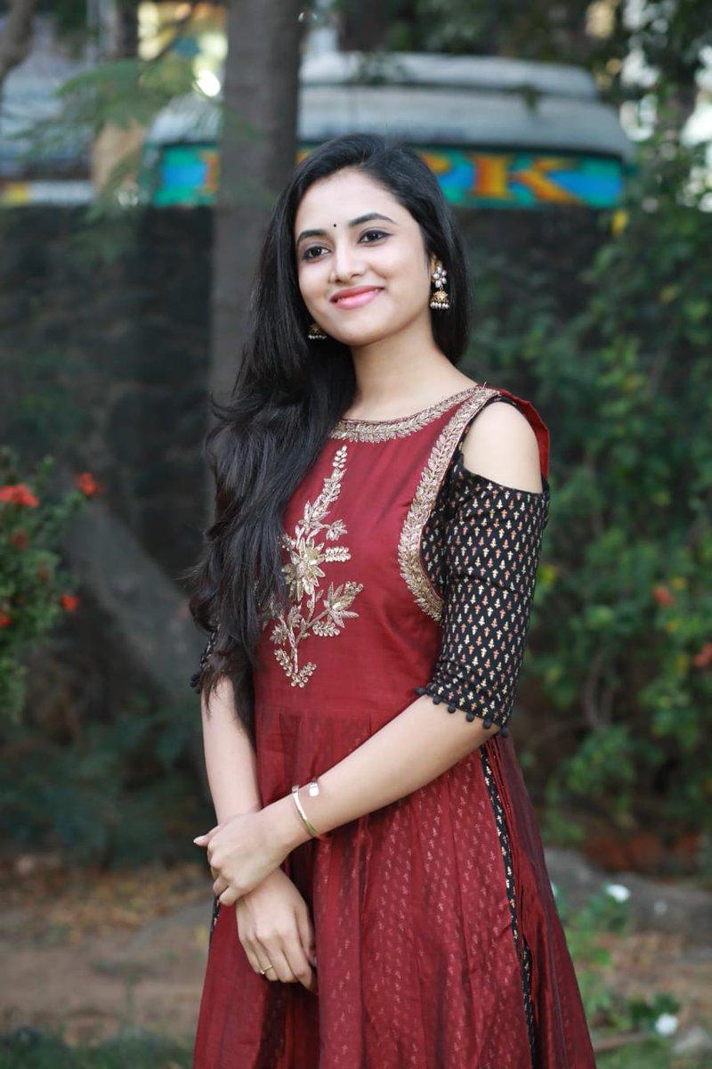 Priyanka Arul Mohan New Stills