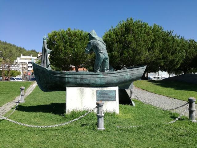 estátua no Jardim da Saúde