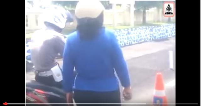 Video polisi lucu