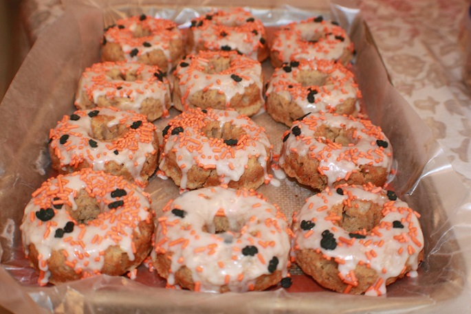 these are apple cider donuts for Halloween