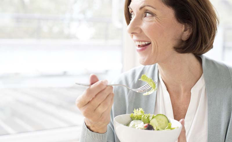 How Intermittent Fasting Can Help With Weight Loss During Menopause