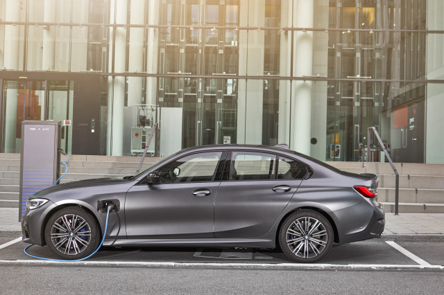 2021 BMW 3-Series Review