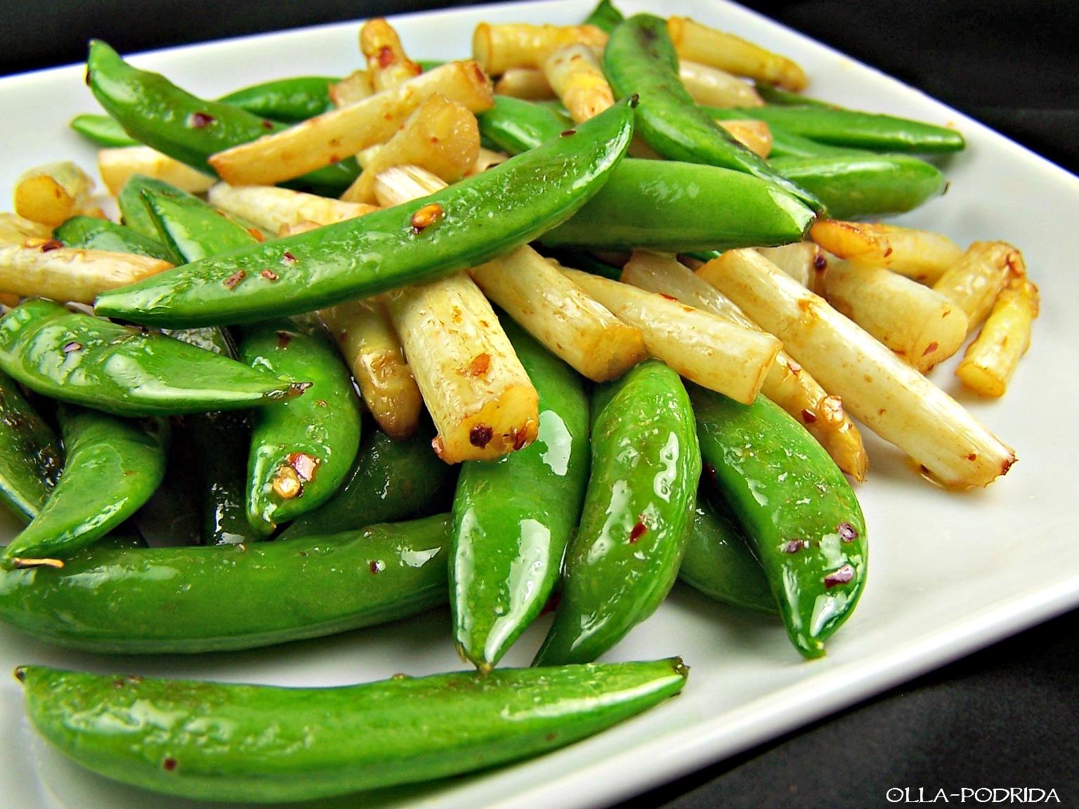 Ina Garten's Sautéed Asparagusand Snap Peas