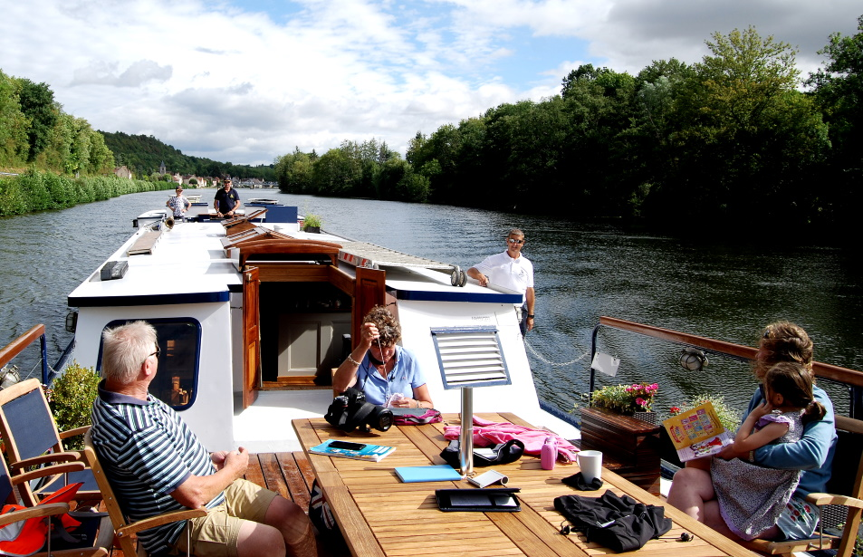 European Waterways Offers 'Pick and Mix' Family Charter Options