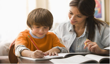 5 Tips for Keeping HomeSchoolers on Track with their Classes