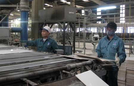 Nhà máy gạch men Thăng Long