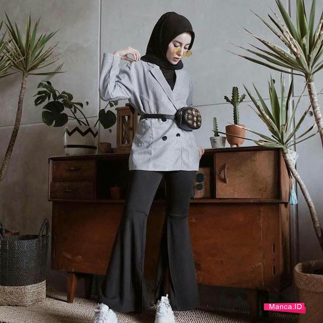 setelan hijab hitam
