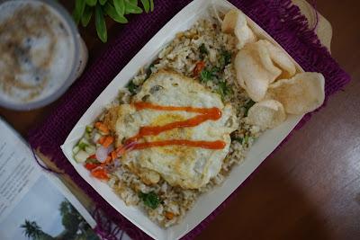 Nasi Goreng Teri Medan Tron Cyber, Cafe dan Eatery