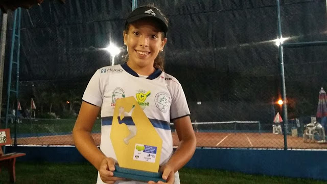 Com apenas 11 anos, tenista de Cajobi conquista título inédito de campeã Paulista