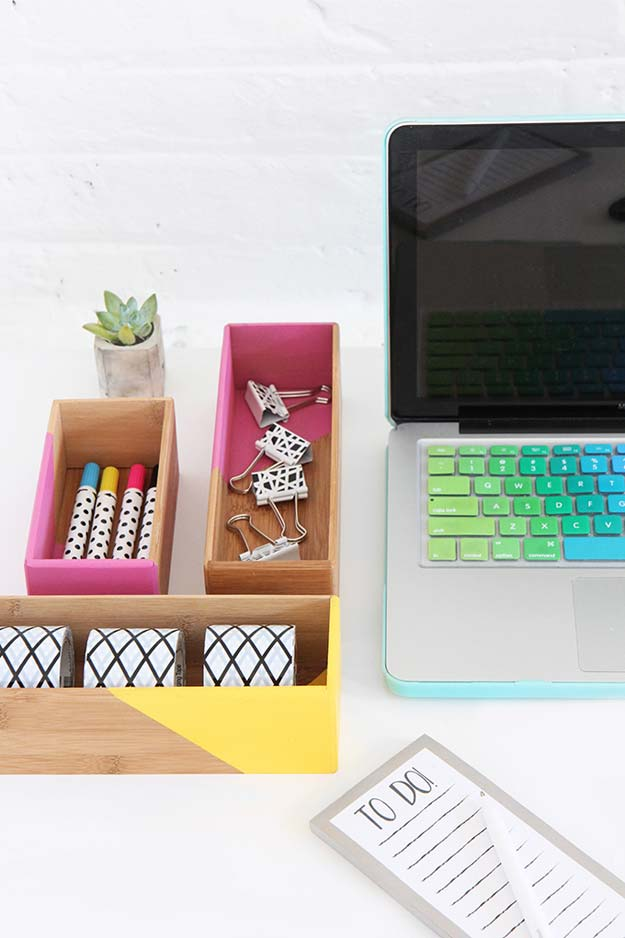 10 irresistible diy crafts for your desk decor youll really want to desk decor office decor room decor diy decor diy room decor solutioingenieria Images