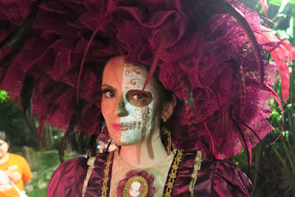 Day of the Dead: It is NOT Halloween