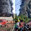 Panik Saat Kebakaran, Ratusan Buruh PT DDFI di Purwakarta Berhamburan Selamatkan Diri