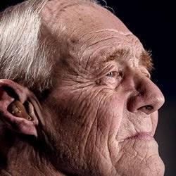 男性の老人
