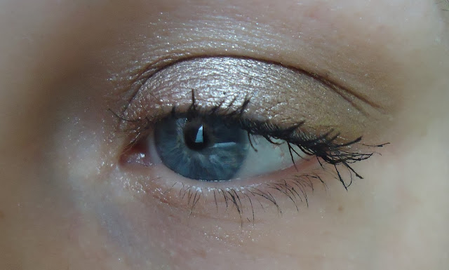 on and on bronze maybelline