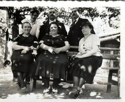 Photo de famille, groupe d'amis.