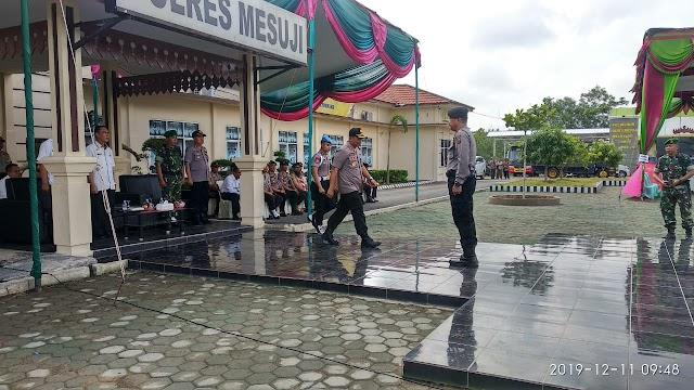 Kapolres Mesuji Pimpin Apel Pergeseran Pasukan Pengamanan Pilkades Serentak