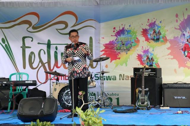 Zaiful Bokhari Buka Festival Lomba Seni Siswa Nasional