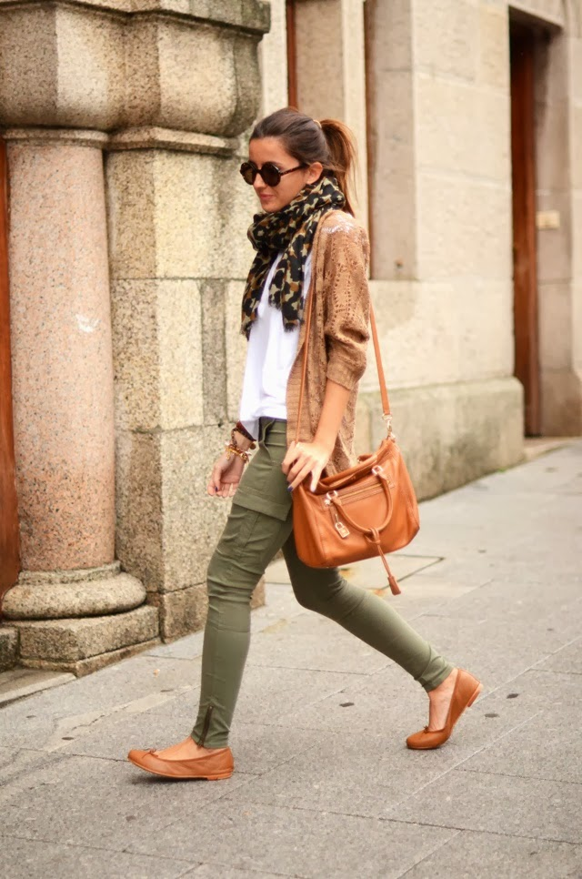 Women's Fashion Cheetah scarf + white tee + tan cardigan + army green skinnies + tan accessories.