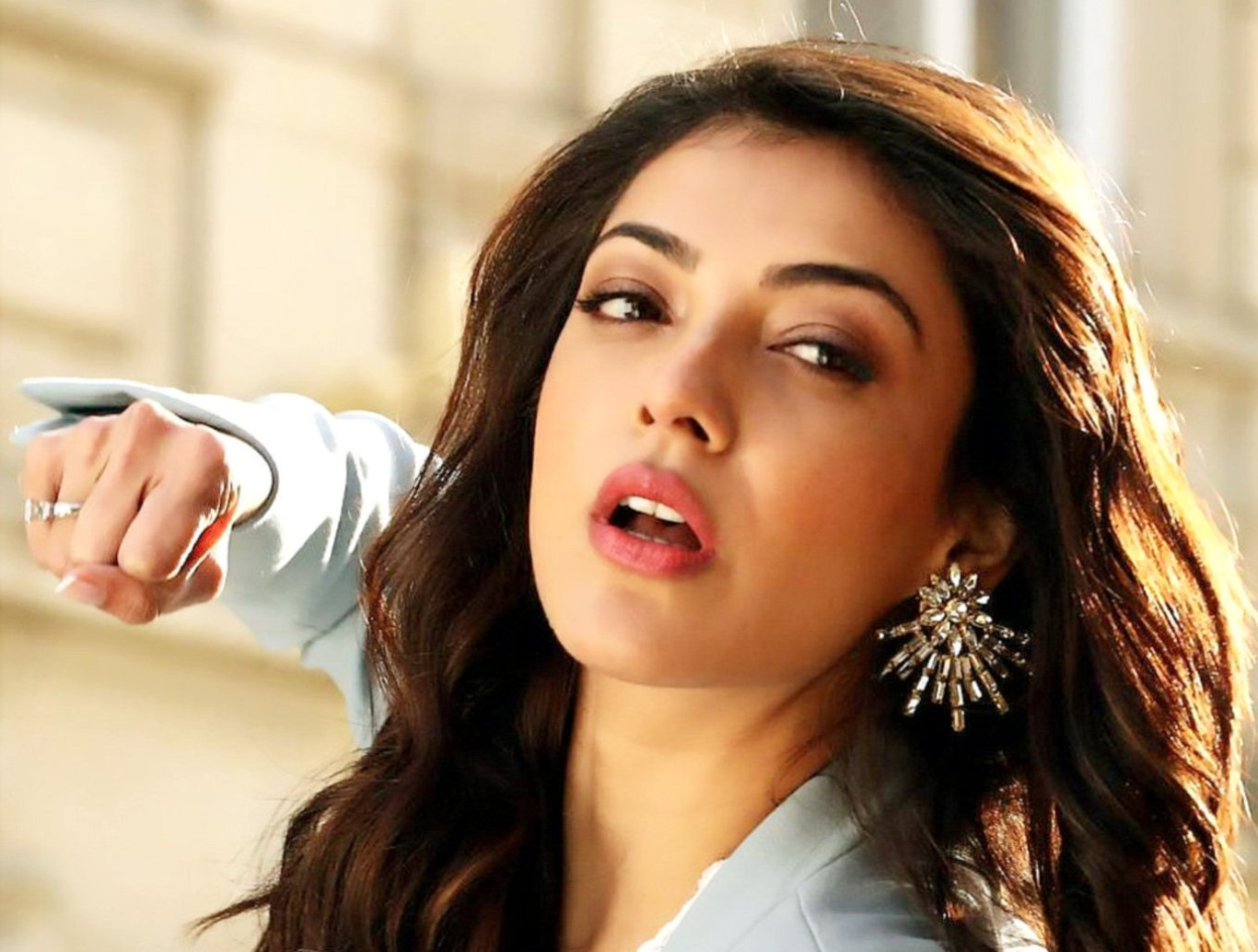 Kajal Agarwal New Awesome Wallpaper