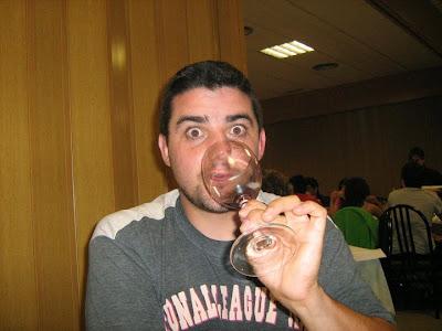 Borja reserva 2004, Moncho, vino, copa, cara