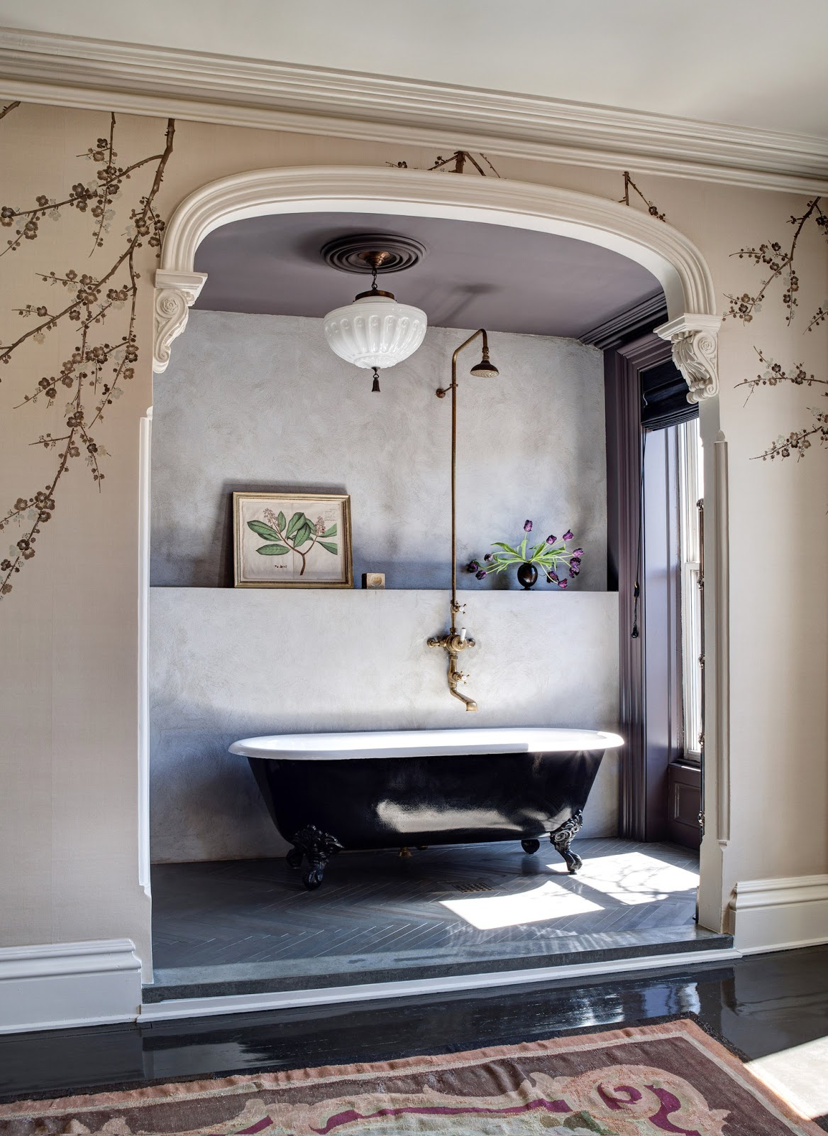 brooklyn-brownstone-great-homes-bathtub-antiques