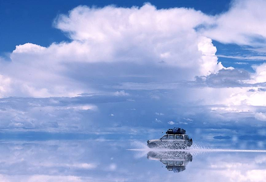 Bolivia Salar De Uyuni A Mirror That Reflects The Sky