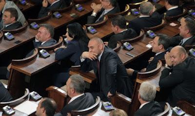 Юлия Ненкова - новият председател на КЗК