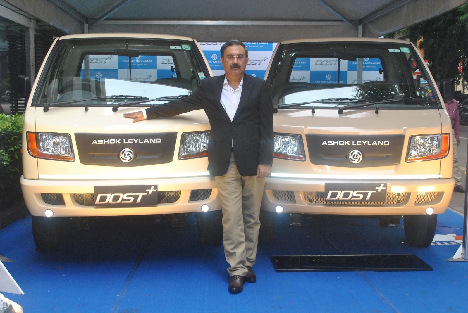 Ashok leyland launches the dost with 275 ton gvw to address the and ergonomic seats the customer will have a palette of three colours to choose from white irish cream and grey beige mozeypictures Image collections