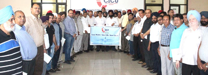 CICU members taking the pledge for saving water during the meeting