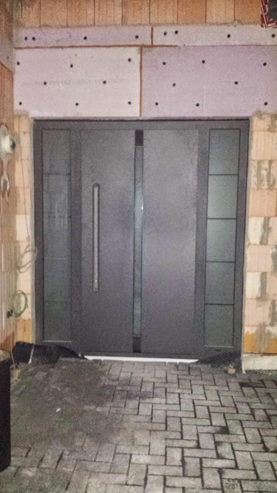 unser architektenhaus in ak haust rf llung im dunkeln. Black Bedroom Furniture Sets. Home Design Ideas