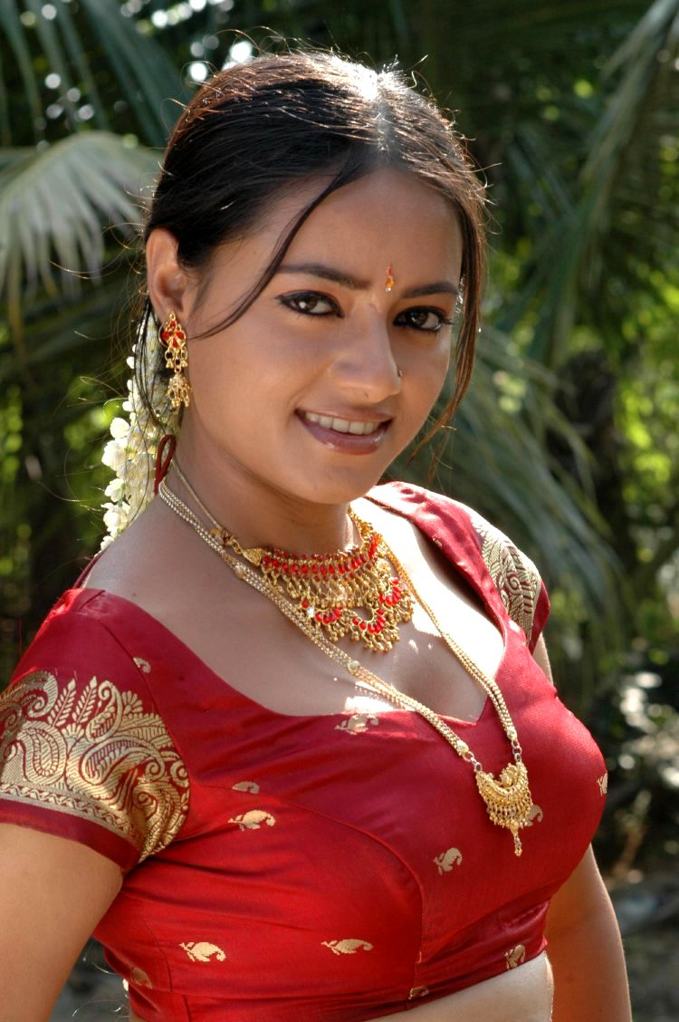 tamil actress movie stills minsaram navel spicy madhu blouse santha movies latest photogallery name heroine models songs hd