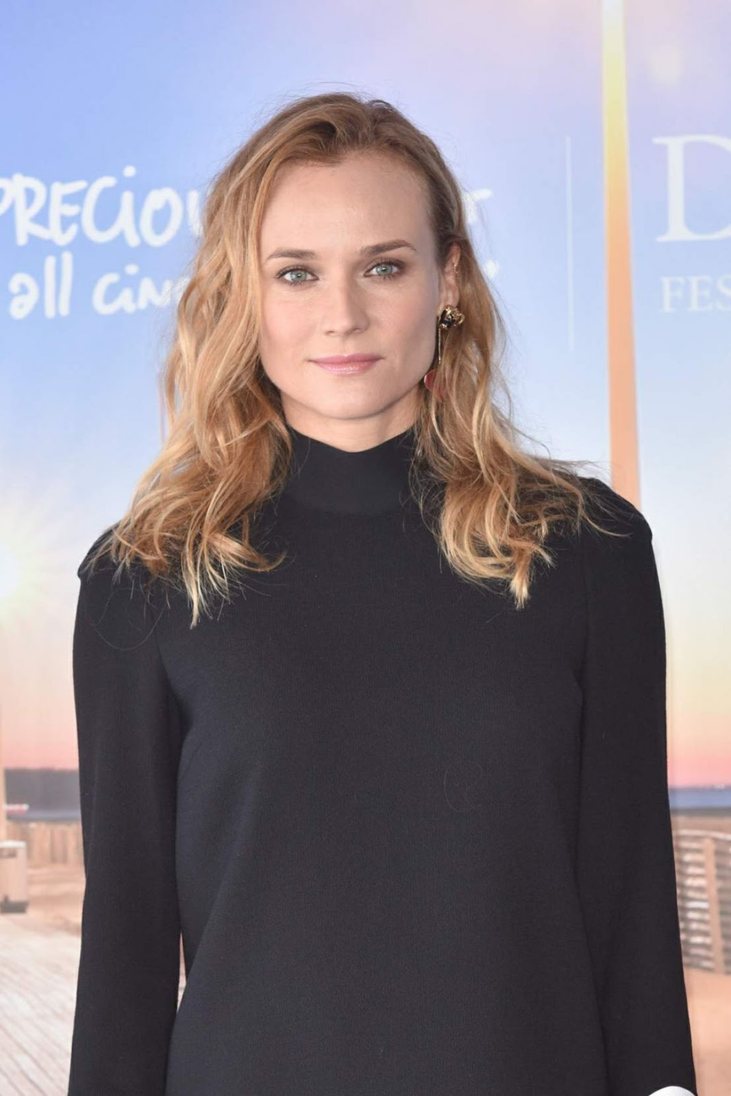 Full HQ Photos of Diane Kruger in Black mini dress At Infiltrator Photocall At 2016 Deauville American Film Festival