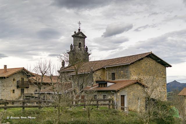 Orozko, Iglesia de San Lorenzo de Urigoiti por El Guisante Verde Project