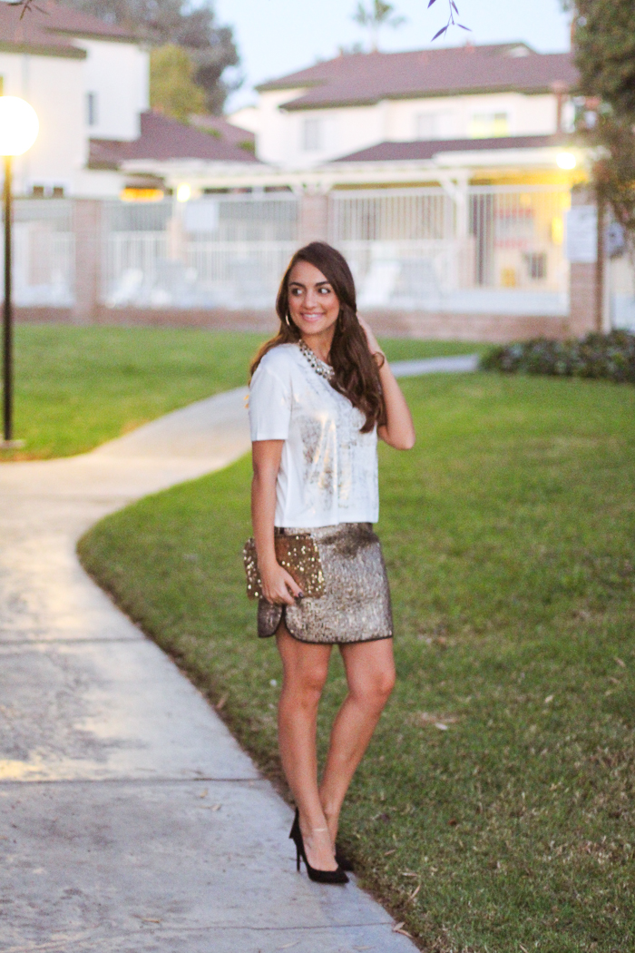 holiday outfit ideas in sears sequin skirt